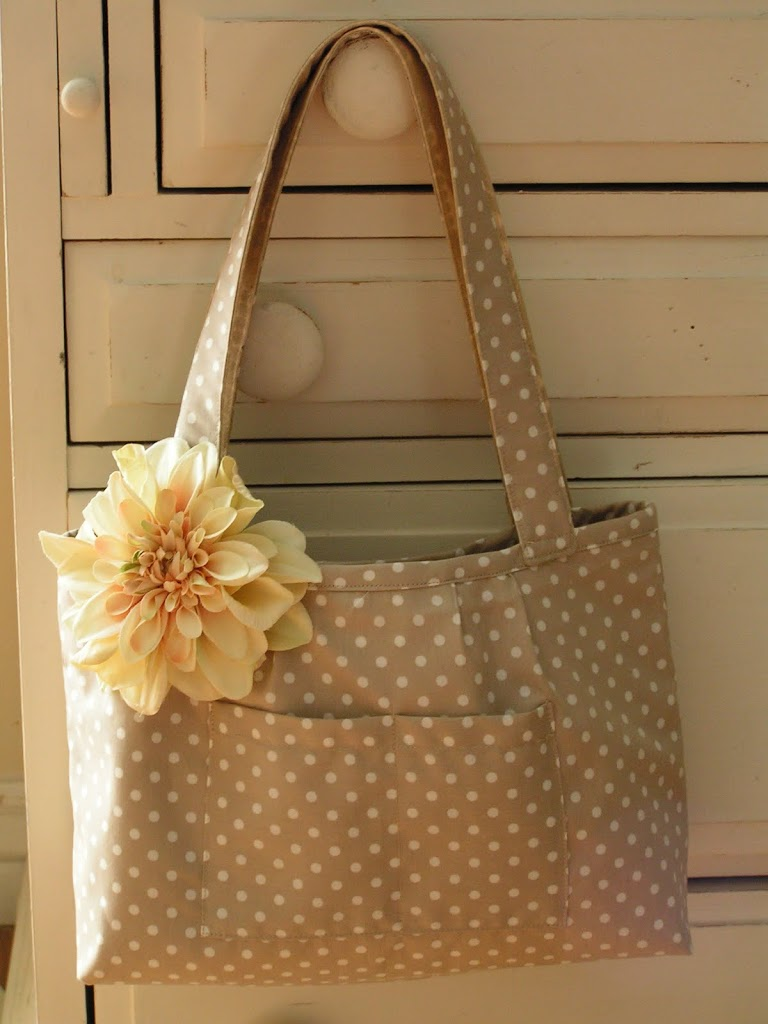 If You Want A Magnet Closure Can With This Bag Too Just Add The Before Step 9 Little Tip To Pick Out Fabrics Make