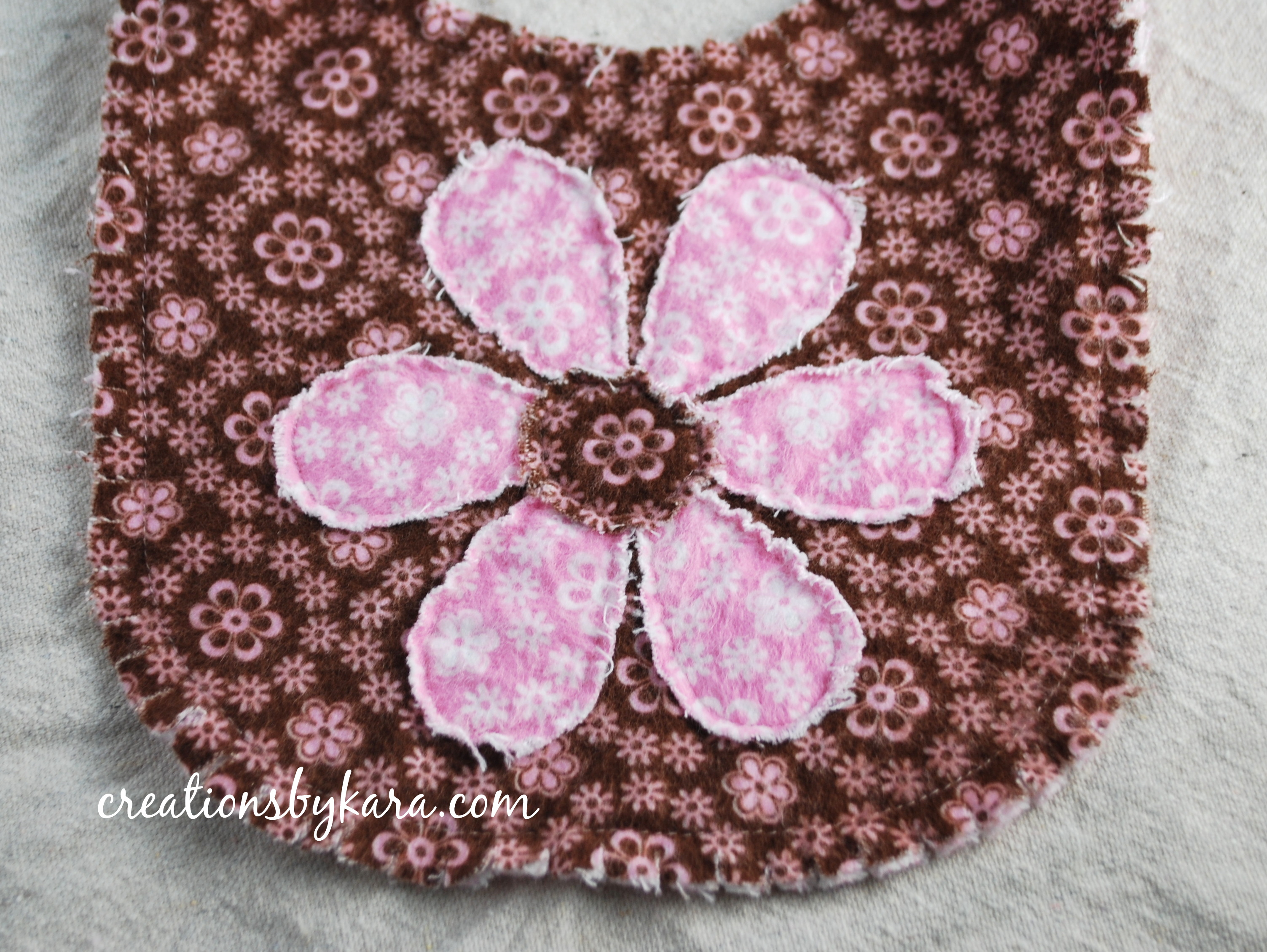 frayed-edge-baby-bib-002-1-300x225