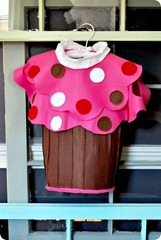 No Sew Cupcake Costume[4]
