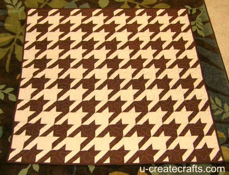 houndstooth-252520quilt-252520finished_thumb-25255B2-25255D