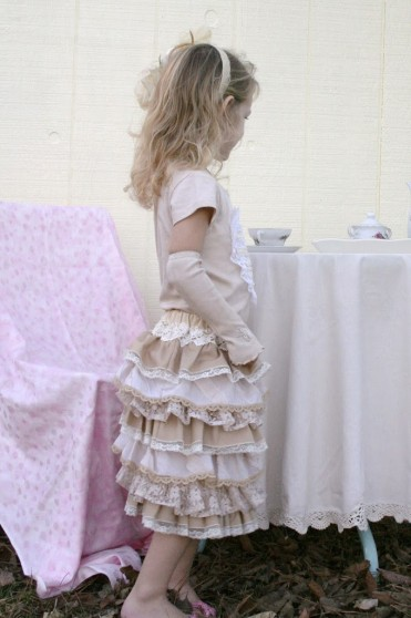 Lace Ruffle Skirt Tutorial
