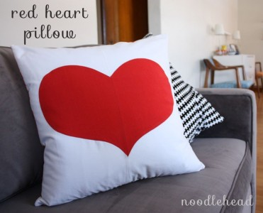 Heart Pillow Tutorial by Noodlehead