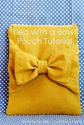 tied with a bow pouch tutorial_thumb[2]