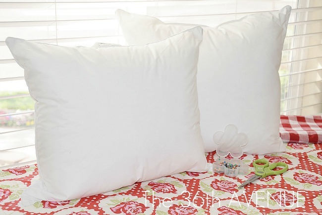 How to Turn One Pillow into 2 throw pillows!