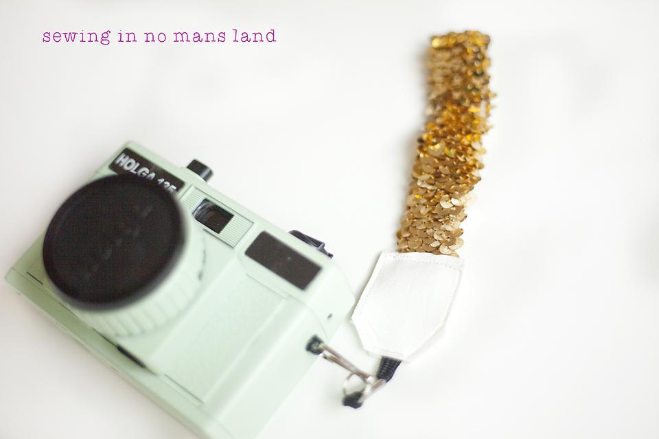 Wristlet Camera Strap Tutorial
