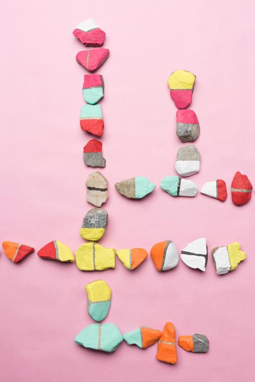 DIY Rock Dominos - 20 Camping Craft for Kids