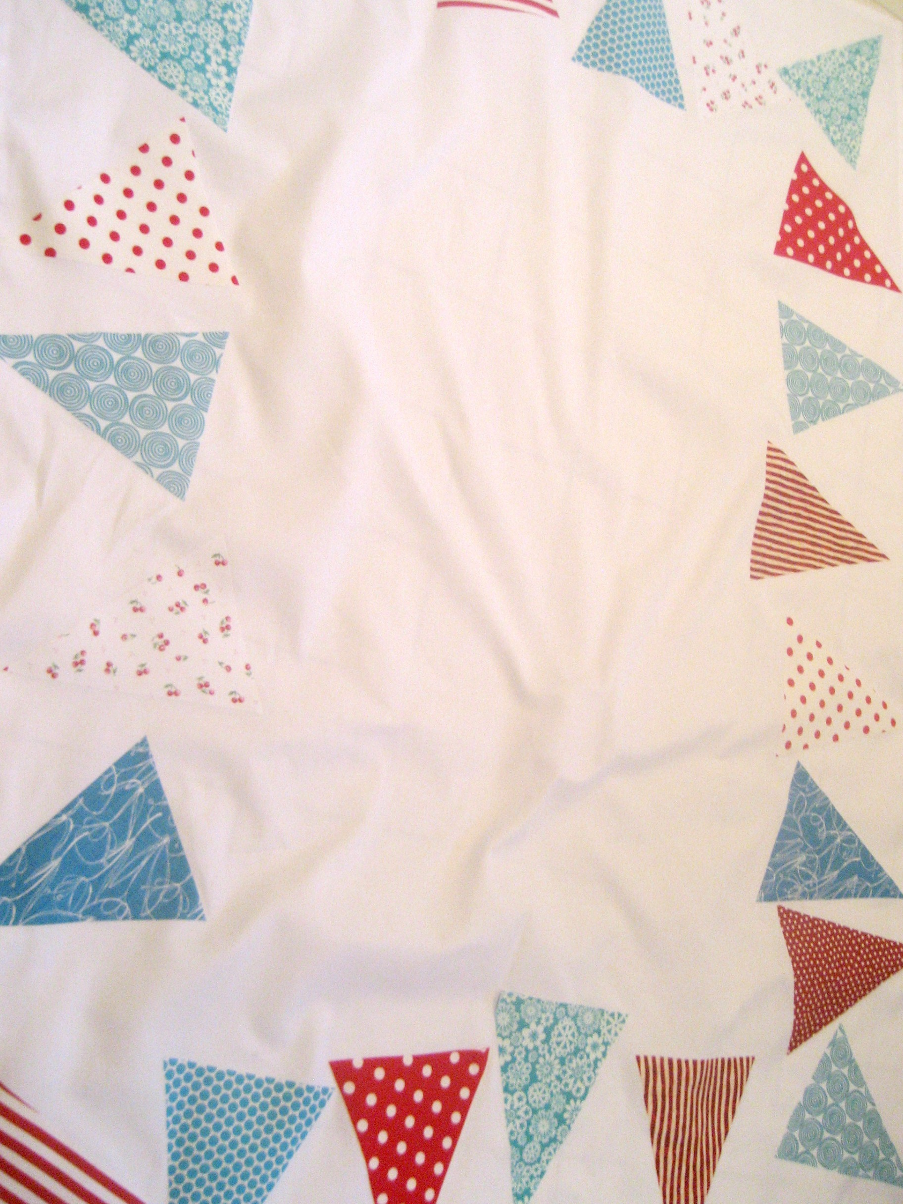 tablecloth bunting 2