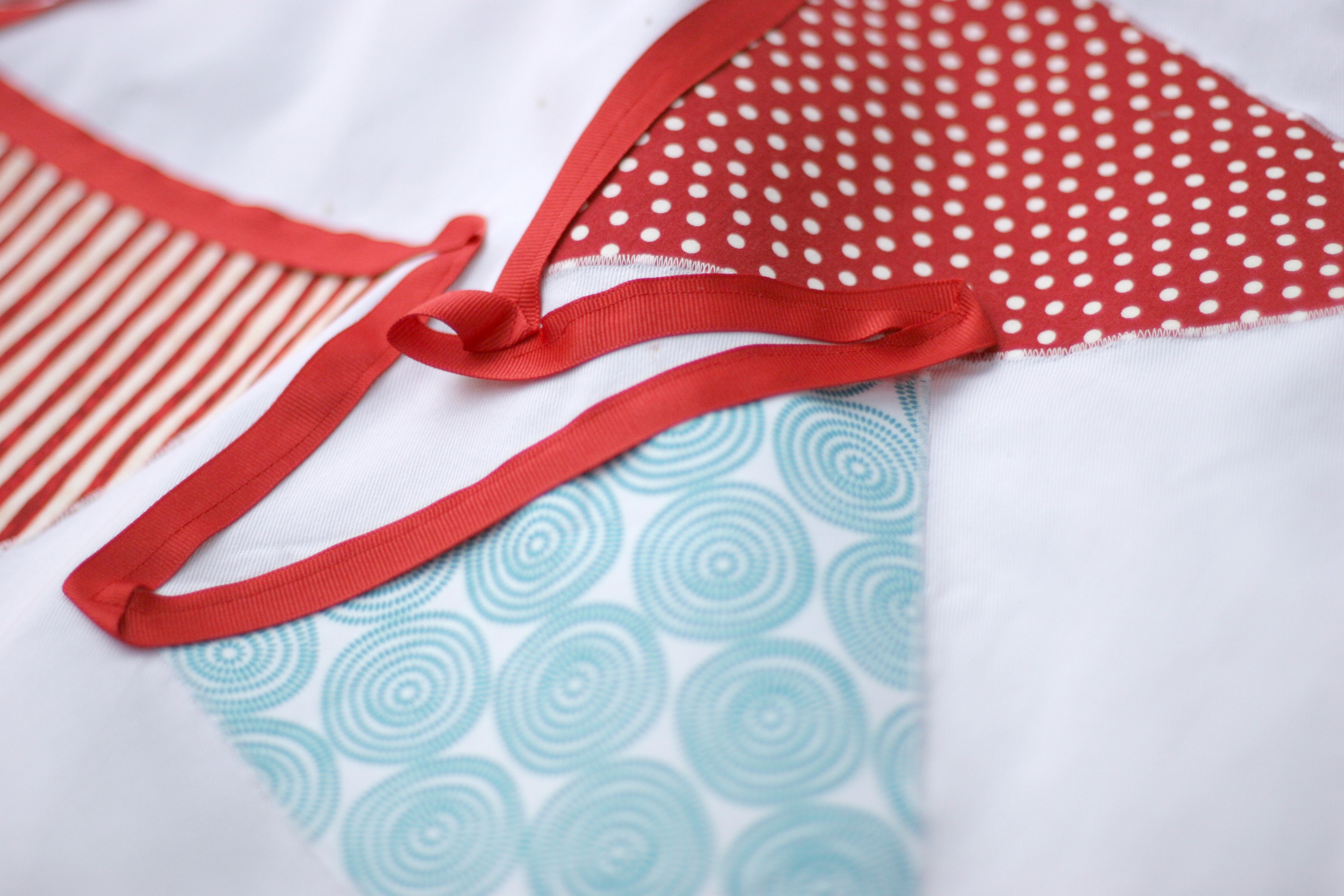 tablecloth bunting 6