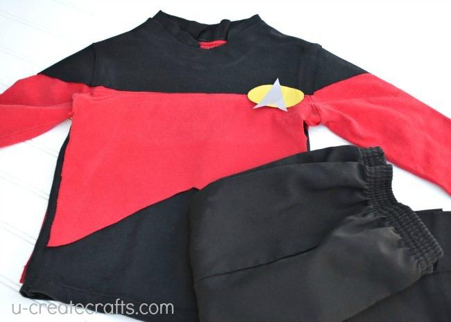 Star-252520Trek-252520Costume-2525203_thumb-25255B2-25255D