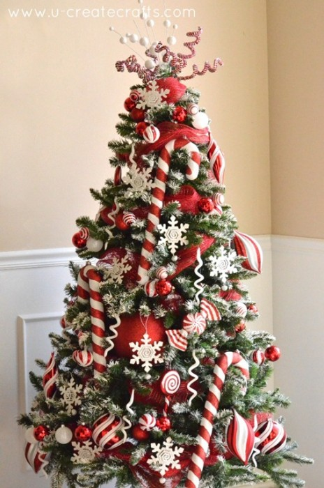 Peppermint and Snow Tree by u-createcrafts.com