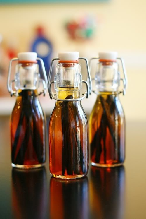 diy vanilla extract at bake at 350