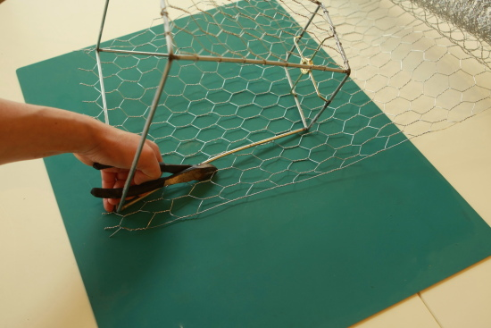 How to make a chicken wire basket u create i greentooth Gallery