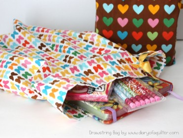 Fat Quarter Drawstring Bag Tutorial by Amy Smart