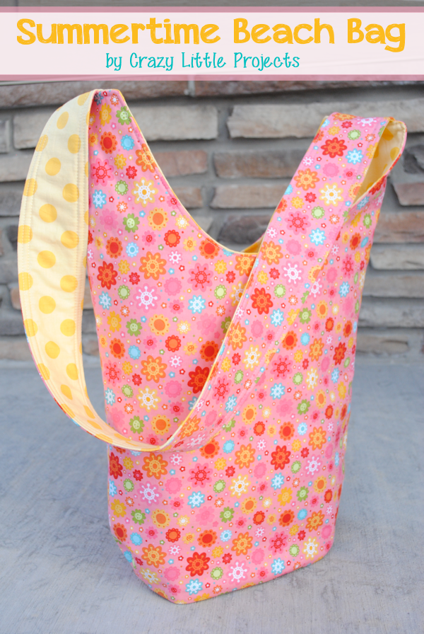 Summertime Beach Bag Tutorial by CrazyLittleProjects