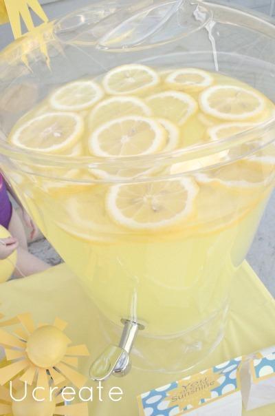 sunshine party lemonade