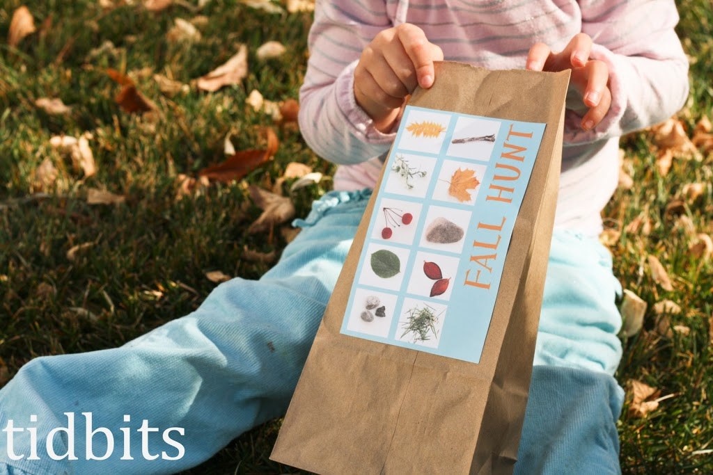 DIY Fall Scavenger Hunt by Tidbits