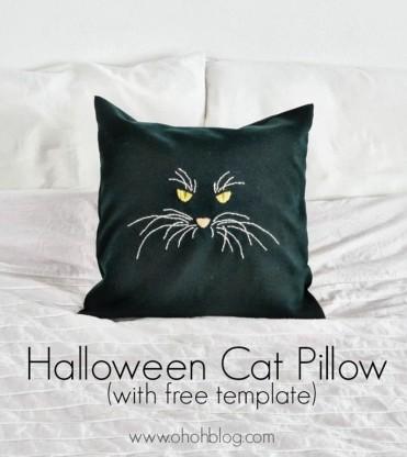 Halloween-cat-pillow_thumb-25255B5-25255D
