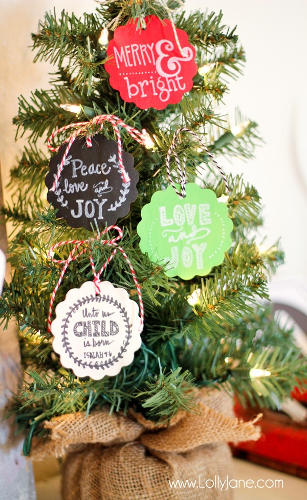 DIY Faux Chalkboard Ornaments