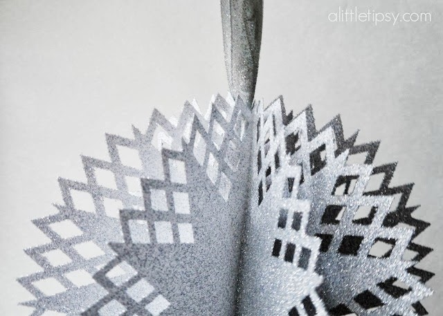 DIY snowflake ornament by a little tipsy