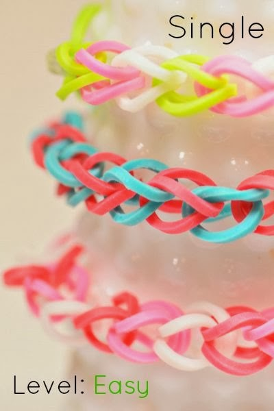 How to make a Single Loom Bracelet by Loom Love