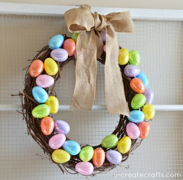 DIY Easter Egg Wreath