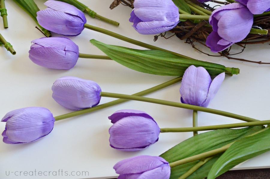 Simple Tulip Wreath Tutorial