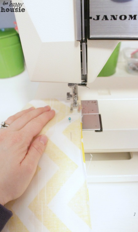 DIY Envelope Lumbar Pillow sewing at the happy housie