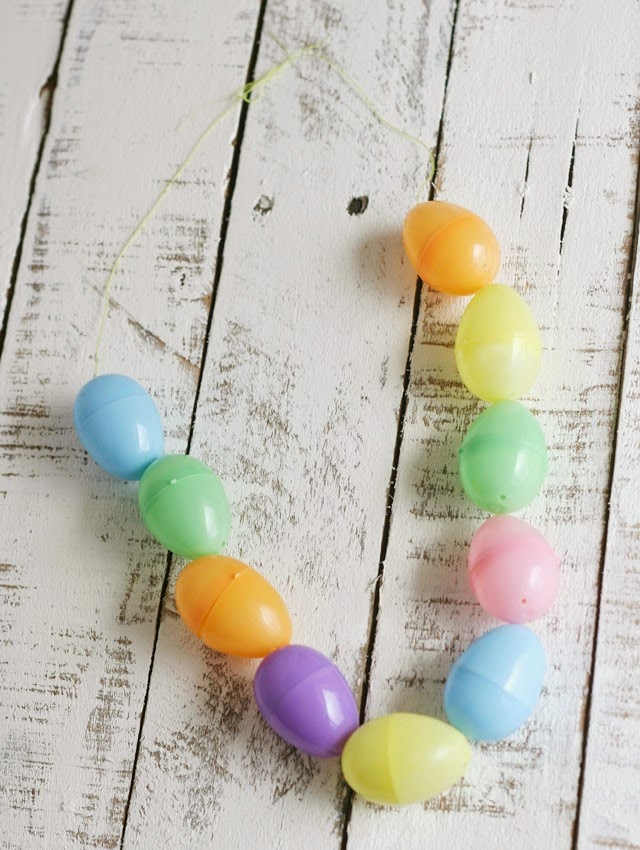 Easter Egg Candy Necklace Tutorial by My Sister's Suitcase