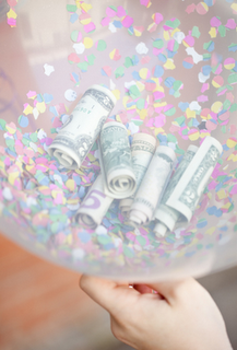 DIY Money Balloon by Modern Blogger Pro
