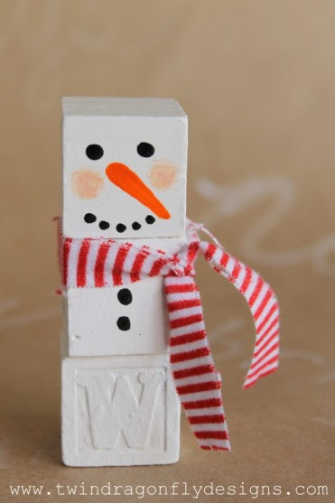 Alphabet Block Snowman Tutorial by Twin Dragonfly Designs