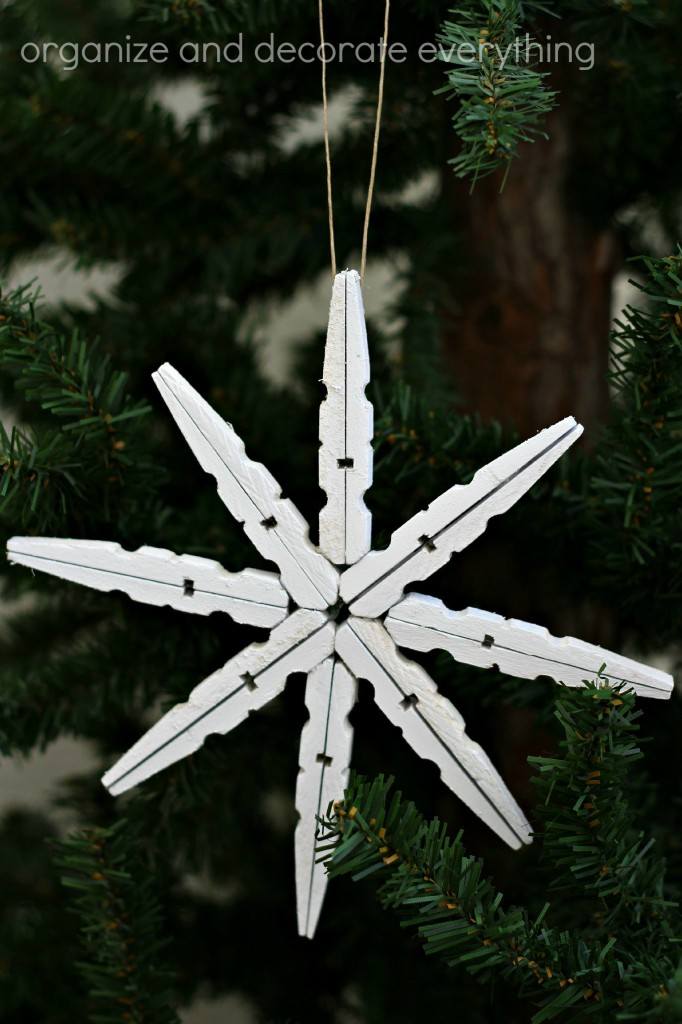 Clothespin Snowflake Ornament Tutorial