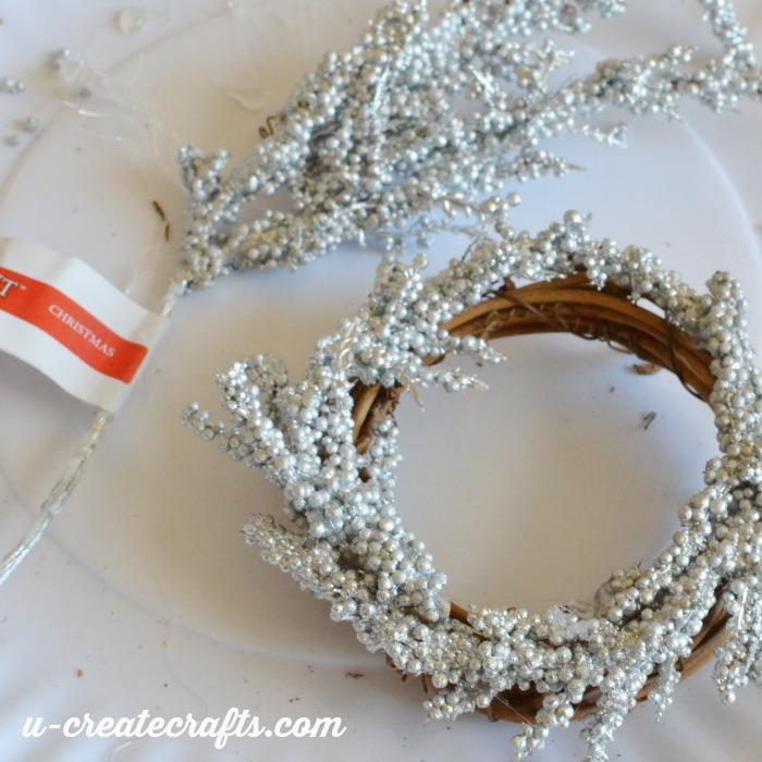 Grapevine Wreath Ornament Tutorial u-createcrafts.com