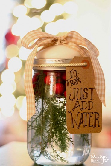 Christmas Mason Jar Candle Tutorial by Design Dazzle