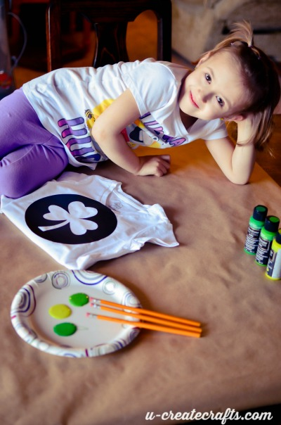 How to make a stamped Shamrock shirt