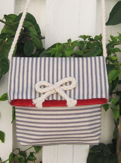 Messenger Bag Tutorial by Ali Foster
