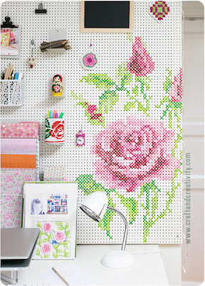 Paint Cross-stitch rose on peg board Craft and Creativity