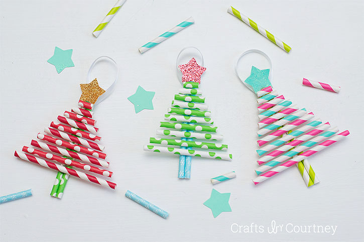 Christmas Tree Straw Ornament Tutorial by Crafts by Courtney