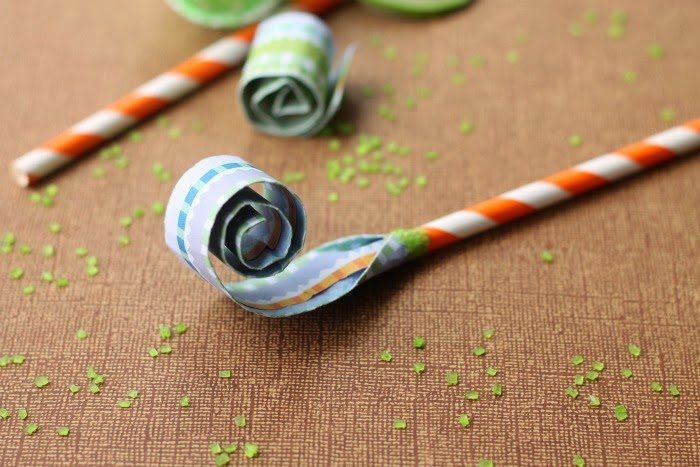 DIY Paper Straw Blowers by Made to be a Momma