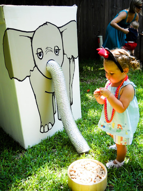 Feed the Elephant Game - and many other circus party ideas!