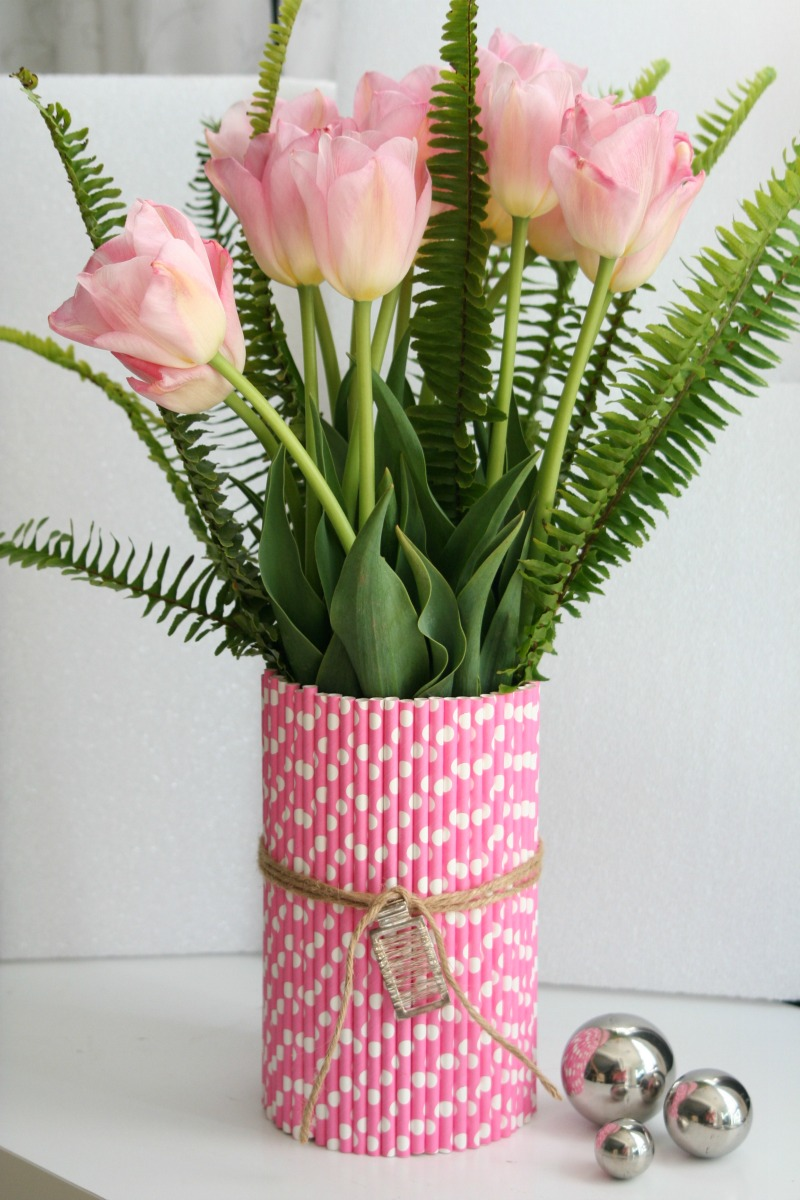 Paper Straw Vase Tutorial by Amy Krist
