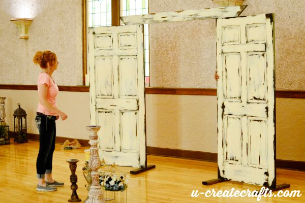 3 how to make a wedding backdrop