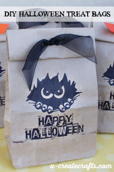 DIY Halloween Treat Bags at u-createcrafts.com