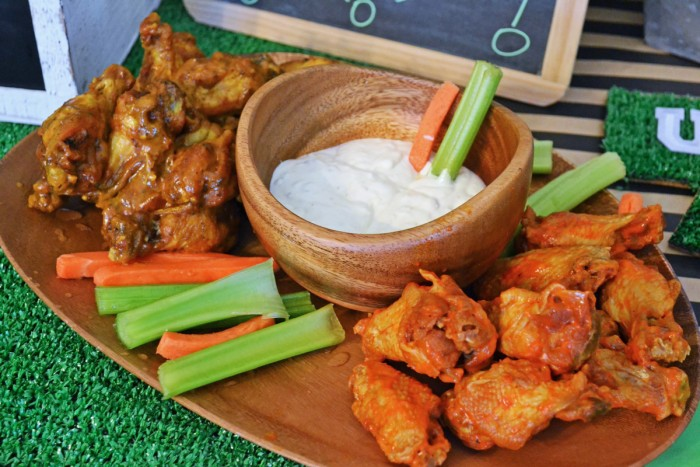 How to Plan a Football Homegating Party