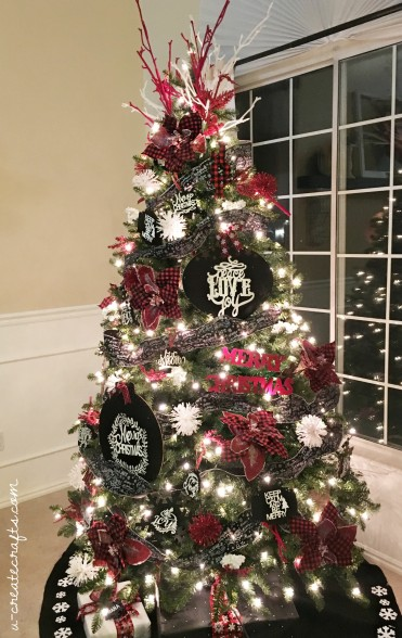 Chalkboard Plaid Christmas Tree by U Create