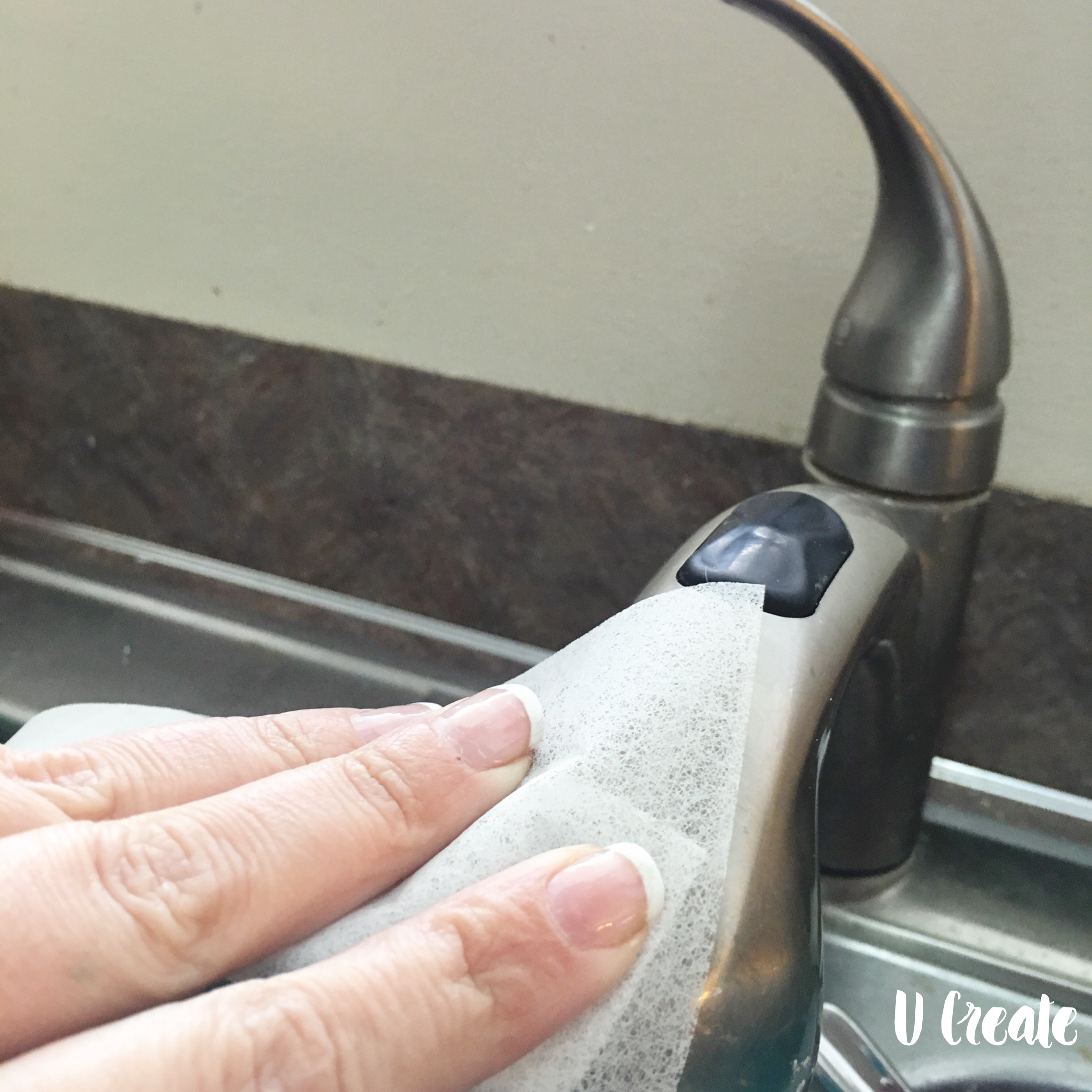 Best Spring Cleaning Tips and free printable stain removal chart!