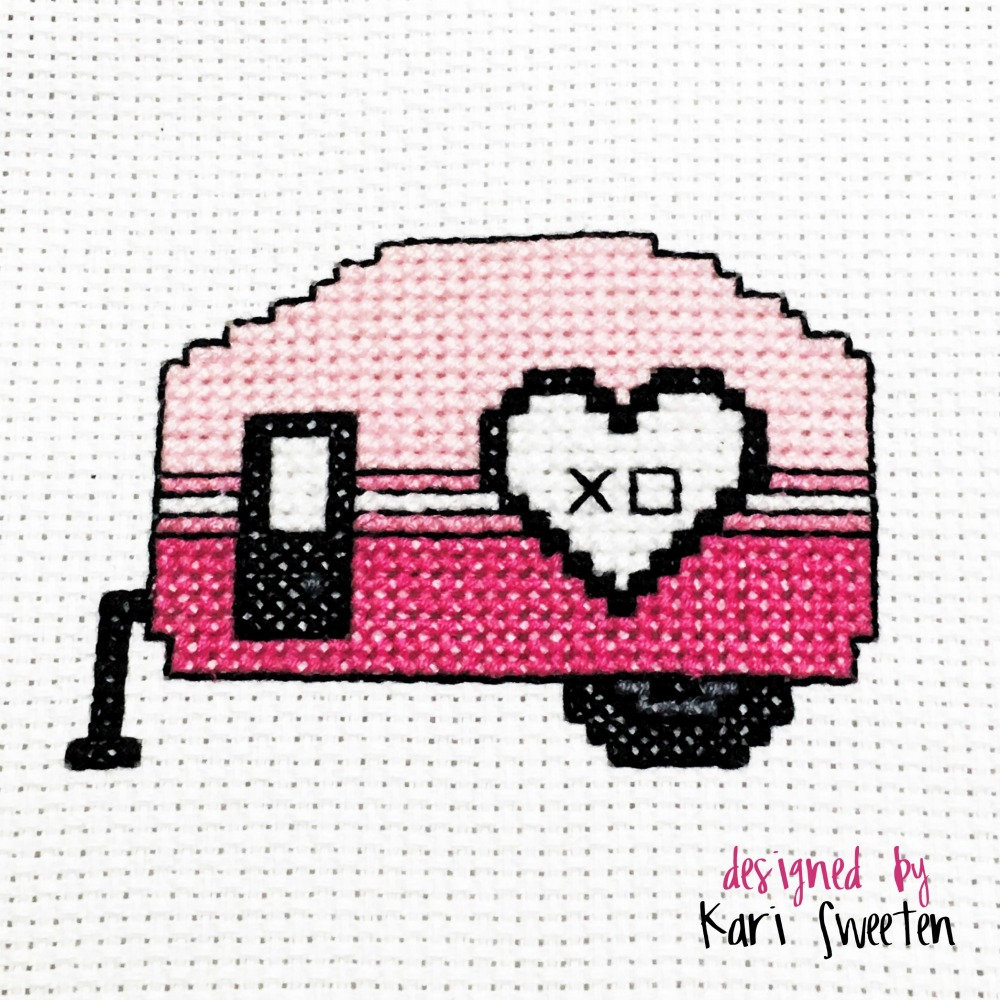 Free Cross Stitch Pattern - Love Camper