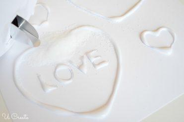 Kids Craft: Salt painting with Valentine free printable!