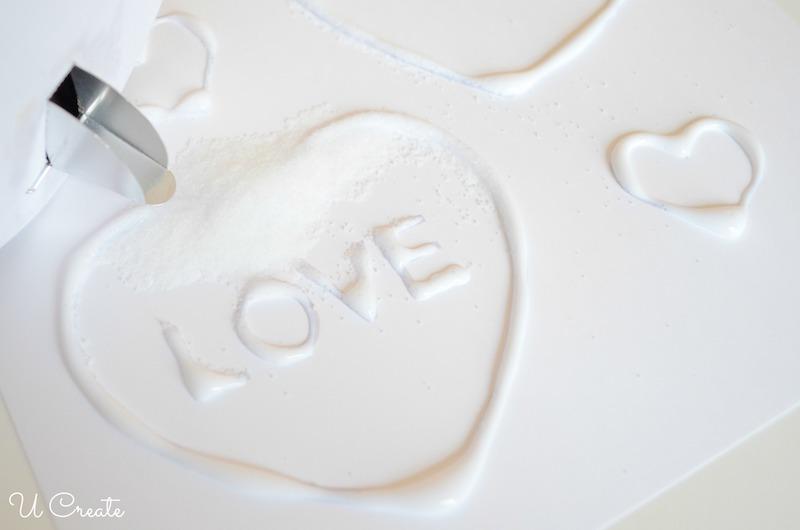 Kids Craft: Salt painting with Valentine free printable!